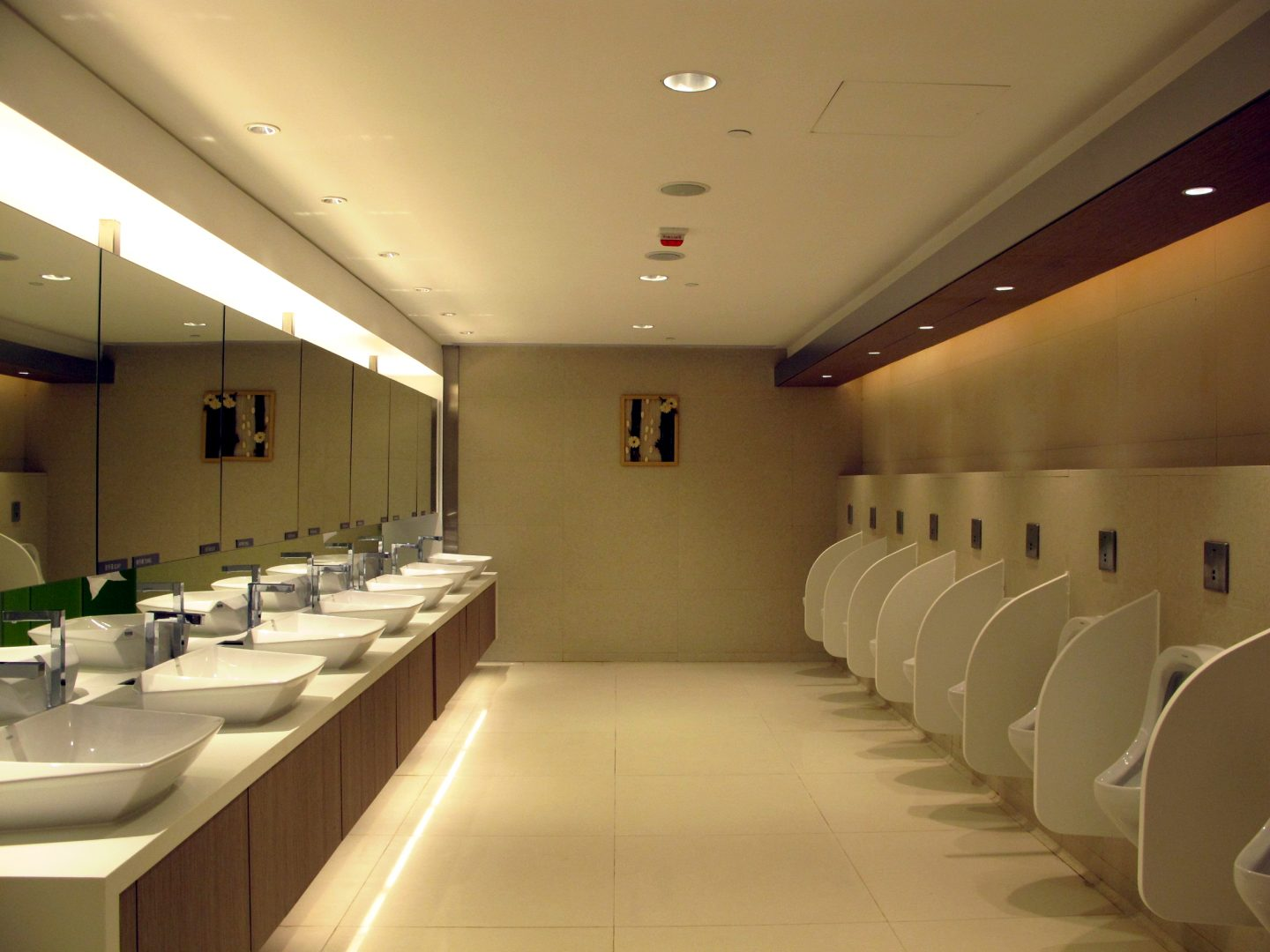 Washroom Cleaning Services Manchester